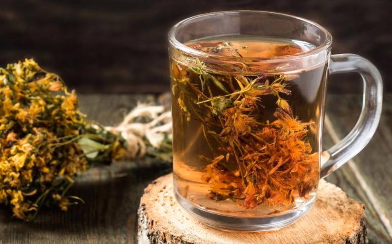 Травяной чай из зверобоя